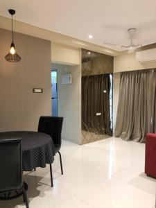 Gallery Cover Image of 715 Sq.ft 1 BHK Apartment for buy in Umiya Oasis, Mira Road East for 6000000