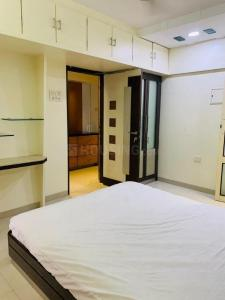 Gallery Cover Image of 1600 Sq.ft 3 BHK Apartment for buy in Meera Tower, Andheri West for 35000000