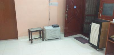 Gallery Cover Image of 950 Sq.ft 2 BHK Apartment for rent in VGP Seethapathy Nagar, Velachery for 16000