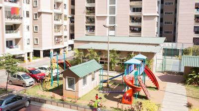 Gallery Cover Image of 1200 Sq.ft 2 BHK Apartment for buy in Miyapur for 5200000