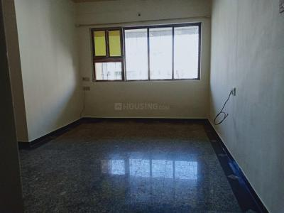 Gallery Cover Image of 595 Sq.ft 1 BHK Apartment for rent in Borivali East for 22000