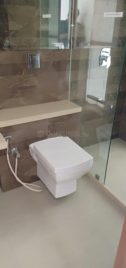 Bathroom Image of 1155 Sq.ft 2 BHK Apartment for buy in Chembur for 16500000