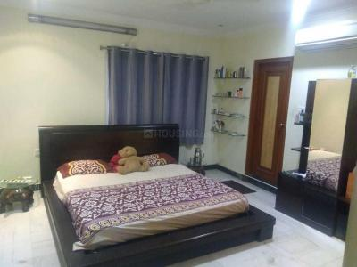 Gallery Cover Image of 2400 Sq.ft 3 BHK Apartment for rent in Banjara Hills for 36000
