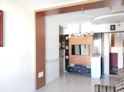 Gallery Cover Image of 760 Sq.ft 1 BHK Apartment for buy in Malad East for 11500000