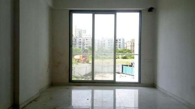 Gallery Cover Image of 686 Sq.ft 1 BHK Apartment for rent in Mira Road East for 14000