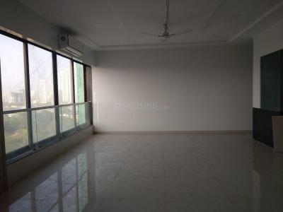 Gallery Cover Image of 610 Sq.ft 1 BHK Apartment for rent in Parel for 52000