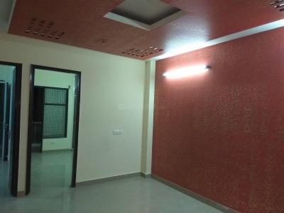 Gallery Cover Image of 1100 Sq.ft 3 BHK Independent Floor for rent in Dwarka Mor for 16000