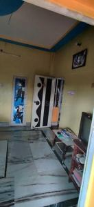 Gallery Cover Image of 450 Sq.ft 1 BHK Independent House for rent in Garia for 4500