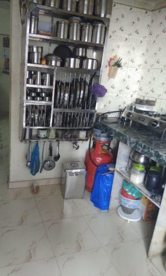 Kitchen Image of 310 Sq.ft 1 BHK Apartment for rent in Dahisar East for 9500