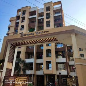 Gallery Cover Image of 640 Sq.ft 1 BHK Apartment for buy in Badlapur East for 2250000