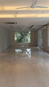Gallery Cover Image of 2700 Sq.ft 4 BHK Independent Floor for buy in Safdarjung Enclave for 67500000