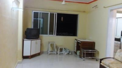 Gallery Cover Image of 652 Sq.ft 1 BHK Apartment for rent in Kandivali West for 22000