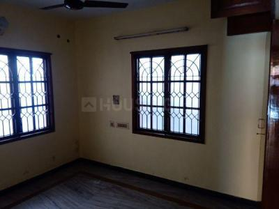 Gallery Cover Image of 579 Sq.ft 1 BHK Villa for buy in Choolaimedu for 2800000