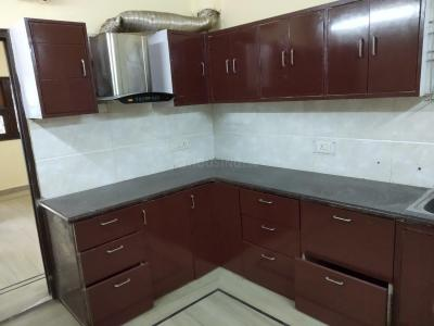 Gallery Cover Image of 700 Sq.ft 3 BHK Apartment for rent in Pitampura for 18000