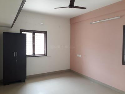 Gallery Cover Image of 1000 Sq.ft 2 BHK Apartment for rent in Kodambakkam for 20000