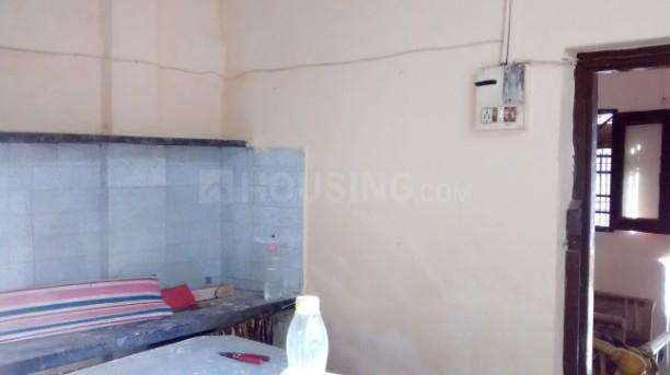 Kitchen Image of 250 Sq.ft 1 RK Independent House for rent in Kandivali West for 9500