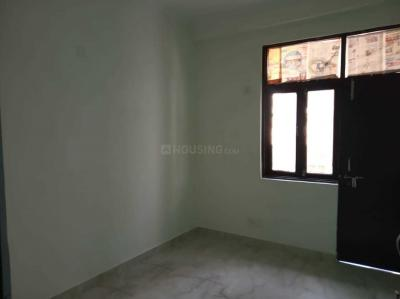 Gallery Cover Image of 760 Sq.ft 1 BHK Apartment for rent in Chhattarpur for 8000