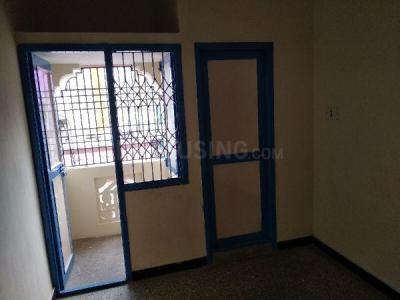 Gallery Cover Image of 300 Sq.ft 1 RK Independent House for rent in Ambattur Industrial Estate for 4100