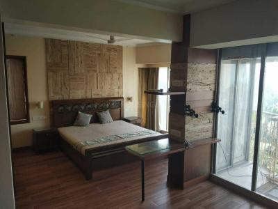 Gallery Cover Image of 1000 Sq.ft 2 BHK Apartment for rent in Diago Complex, Bandra West for 105000