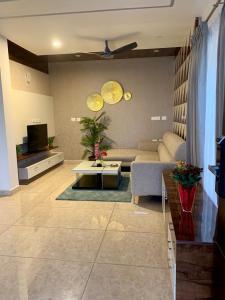 Gallery Cover Image of 1200 Sq.ft 3 BHK Villa for buy in Abhee Prakruthi Villa, Chandapura for 8500000