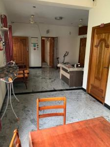 Gallery Cover Image of 4500 Sq.ft 7 BHK Villa for rent in Thoraipakkam for 80000