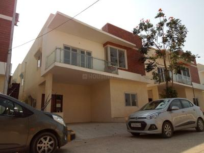 Gallery Cover Image of 2600 Sq.ft 3 BHK Villa for buy in Bachupally for 17200000