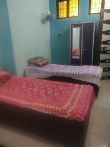 Gallery Cover Image of 650 Sq.ft 2 BHK Independent House for rent in Airoli for 6500