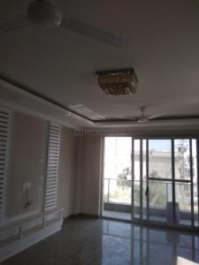 Gallery Cover Image of 3000 Sq.ft 4 BHK Independent Floor for rent in Sector 43 for 35000