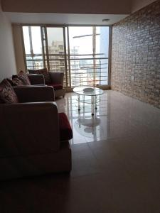 Gallery Cover Image of 1350 Sq.ft 3 BHK Apartment for rent in Goregaon West for 55000