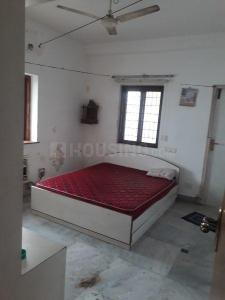 Gallery Cover Image of 1200 Sq.ft 2 BHK Apartment for rent in Adyar for 28000