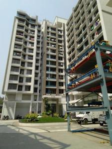 Gallery Cover Image of 560 Sq.ft 1 BHK Apartment for rent in Atul Blue Fortuna, Andheri East for 45000