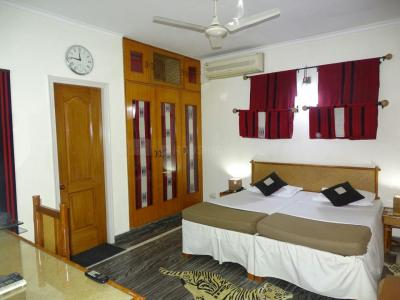 Bedroom Image of Sunshine PG in Roshan Pura