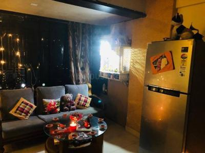 Gallery Cover Image of 1000 Sq.ft 2 BHK Apartment for rent in Kandivali East for 34000