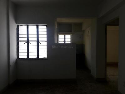 Gallery Cover Image of 810 Sq.ft 2 BHK Apartment for rent in New Town for 9000