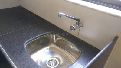 Gallery Cover Image of 648 Sq.ft 2 BHK Apartment for rent in Kalyan West for 8000