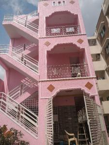 Gallery Cover Image of 800 Sq.ft 2 BHK Independent House for rent in Kithaganur Colony for 9000