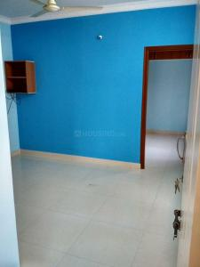 Gallery Cover Image of 450 Sq.ft 1 BHK Independent House for rent in Yemalur for 8900