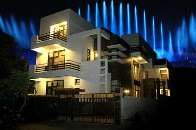 Gallery Cover Image of 8000 Sq.ft 8 BHK Independent House for buy in Ansal API Sushant Lok 1, Sushant Lok I for 70000000