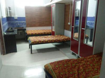 Bedroom Image of Silver Enclave PG in Prabhadevi