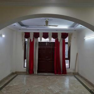 Gallery Cover Image of 2000 Sq.ft 3 BHK Villa for rent in Sector 71 for 16000