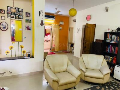 Gallery Cover Image of 1331 Sq.ft 2 BHK Apartment for buy in Thoraipakkam for 7500000