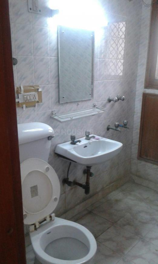 Bathroom Image of 600 Sq.ft 1 BHK Independent Floor for rent in Sector 62 for 11000