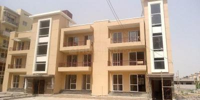 Gallery Cover Image of 1803 Sq.ft 4 BHK Independent Floor for buy in Sector 77 for 7190000