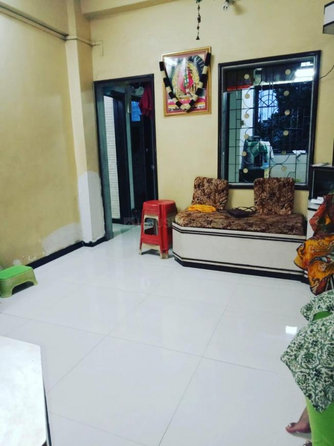 Living Room Image of 600 Sq.ft 1 BHK Apartment for rent in Kalyan East for 9000