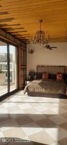 Gallery Cover Image of 8800 Sq.ft 5 BHK Villa for buy in Puri Diplomatic Greens, Sector 110A for 85000000