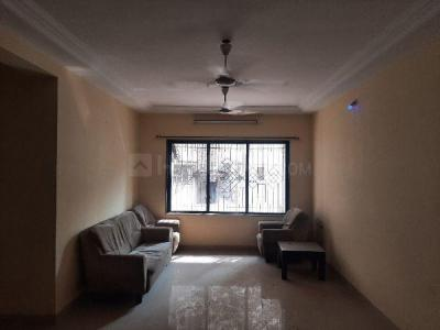 Gallery Cover Image of 950 Sq.ft 3 BHK Apartment for rent in Sarla Garden CHS, Santacruz East for 70000
