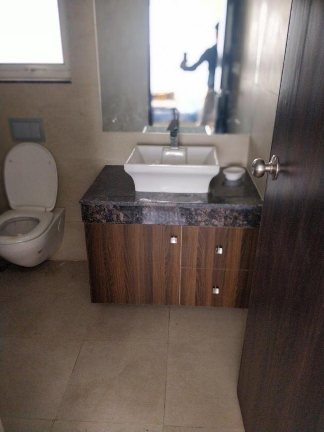 Common Bathroom Image of 2100 Sq.ft 3 BHK Apartment for rent in Sector 70A for 28000