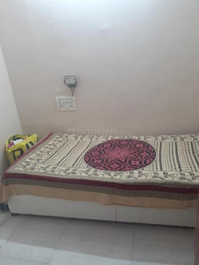 Bedroom Image of Roma Girl's PG in Ramesh Nagar