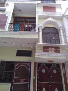 Gallery Cover Image of 475 Sq.ft 2 BHK Independent Floor for rent in Sector 8 Dwarka for 7500