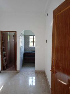 Gallery Cover Image of 350 Sq.ft 1 RK Independent House for rent in Rajarhat for 6000